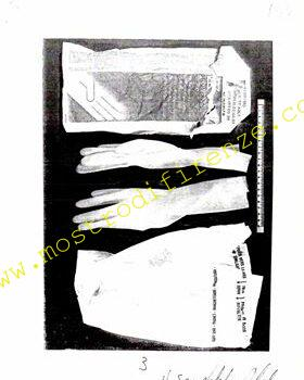 <b>3 Ottobre 1985 Ritrovamento dei guanti e fazzolettino a Scopeti</b>