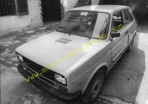 <b>26 Giugno 1982 Ispezione dell'auto da parte dei medici legali</b>