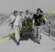<b>13 Ottobre 1985 Il corpo identificato come Narducci viene rimosso dal pontile</b>